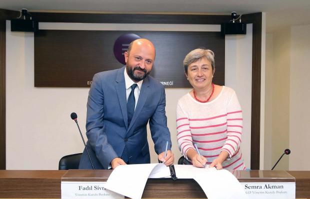 Ege Sanayici Ve İşadamları Derneği Ve Ösgd İşbirliği Protokolü İmzaladı.!